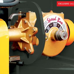 Gear Box with quick change and 62 configuration (working inner oil).