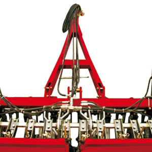 Hydraulic cylinder for raising the machine, pressure and depth control of the rows.