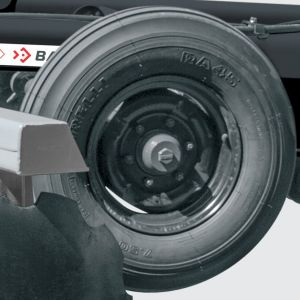 CRSG-L 18 to 24 discs: Single wheel with tyres 600x16 or optional tyres 7.50x16. CRSG-L 28 to 32 discs: Single wheel with tyres 7.50x16.